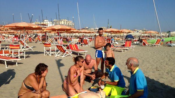 defibrillatore-spiaggia